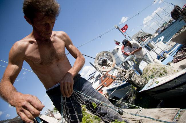Kıyı balıkçılığını geliştirmek denizleri kurtarmanın tek yolu