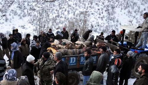 Uçaklar Uludere'de sivilleri vurdu