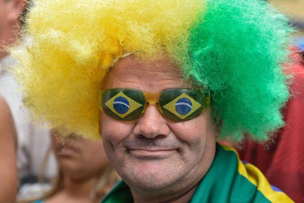 Brezilya sokakları renklendi