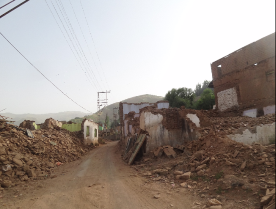 TOKİ projesi Ermeni mahallesini enkaza çevirdi