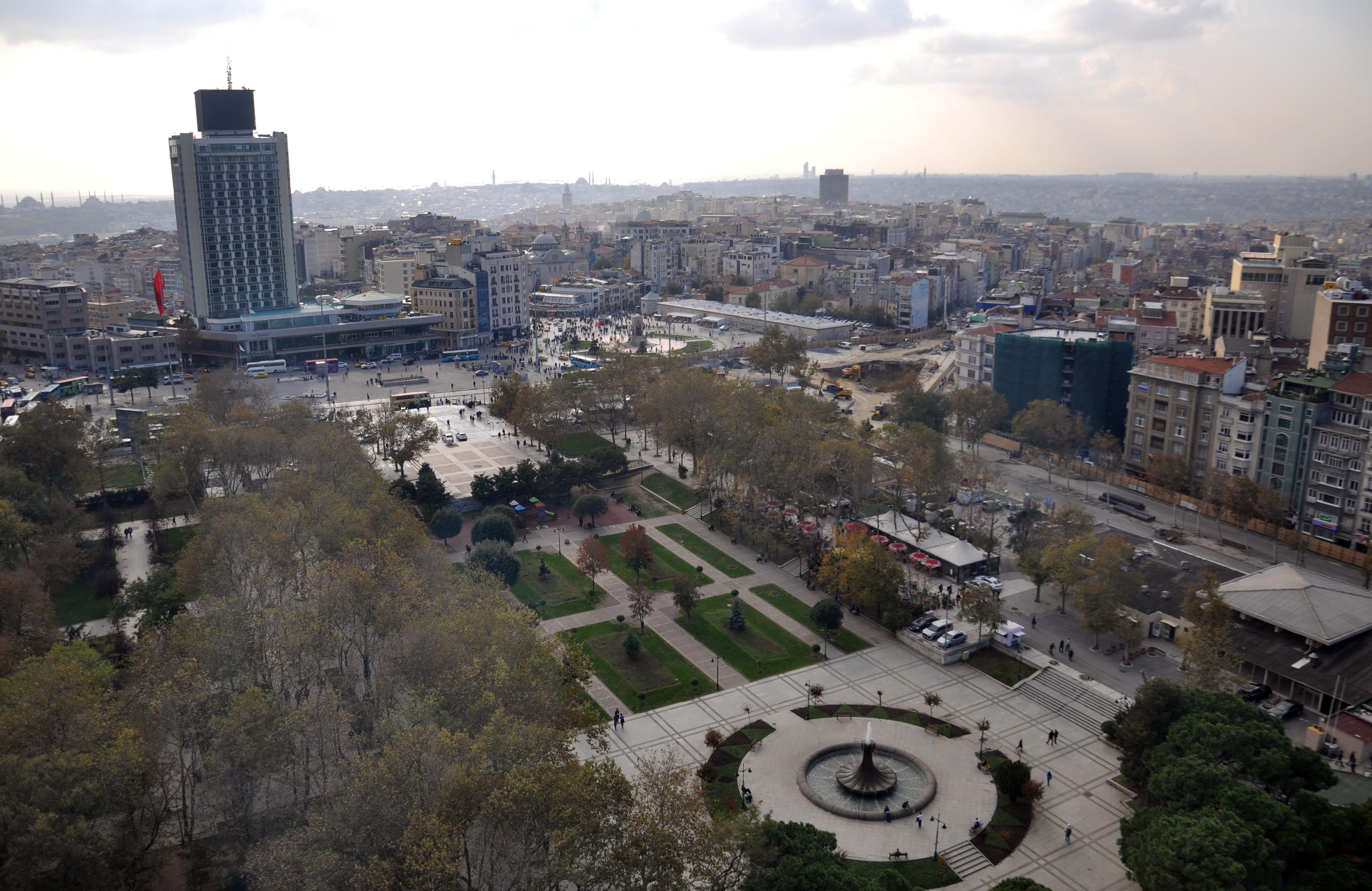 Taksim Meydanı'na son kez bakın
