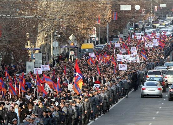 Taşnaktsutyun'dan Öcalan'ın  mektubuna 'Yetmez ama evet'