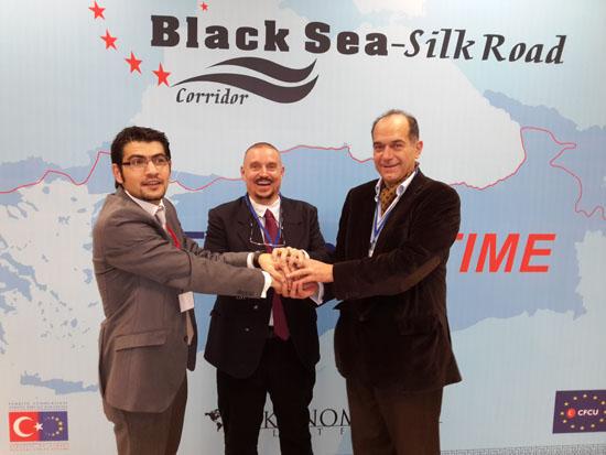 Karadeniz İpek Yolu sınırları kaldıracak