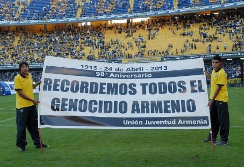 Ermeni Soykırımı kurbanları Boca Juniors maçı öncesi anıldı