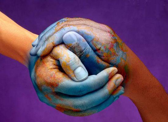 'Barış profesörü'nden insan hakları eleştirisi