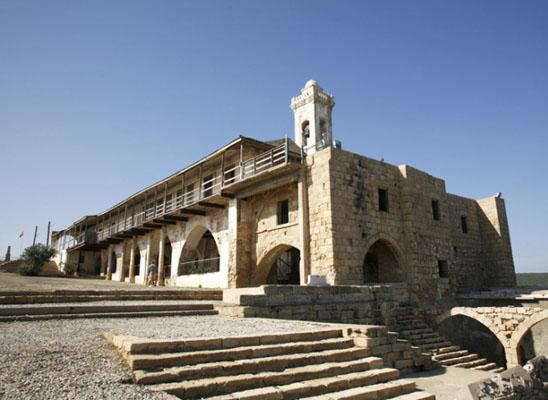 Kıbrıs'ta barışı  dini liderler  getiriyor