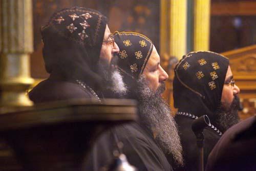 Mısır Selefileri'nden fetva: Kıpti Papazları araçlarınıza almayın