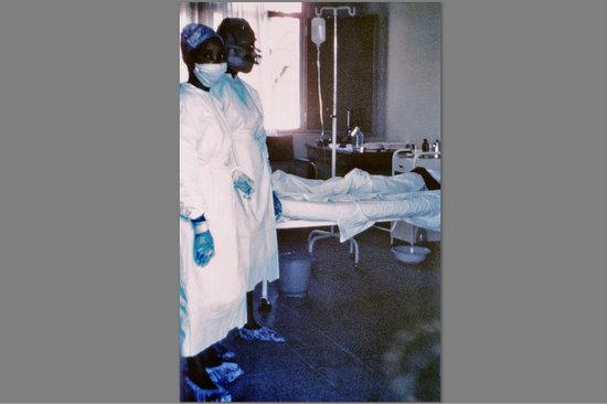 Irkçılığın yeni bahanesi Ebola
