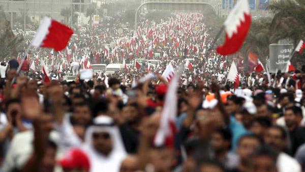 Bahreyn'deki Şiiler Sünnilere karşı hikâyesinde tek kazanan tiranlar oluyor