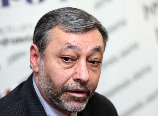 Arzumanyan: 'Yerevan, Rusya ile AB arasında denge kurmalı'