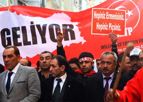 ANCA, Ricciardone'nin Türkiye'yi kınaması için çağrıda bulundu