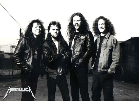 Huzurlarınızda bir kez daha Metallica