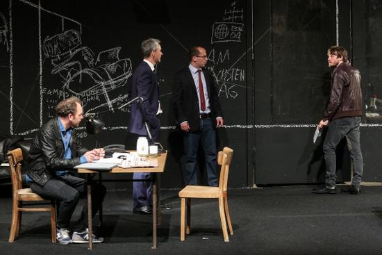 Tiyatroda Devrim: Bir Halk Düşmanı
