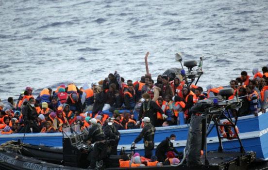 İtalya'dan 'mülteci operasyonlarını durdurma' resti