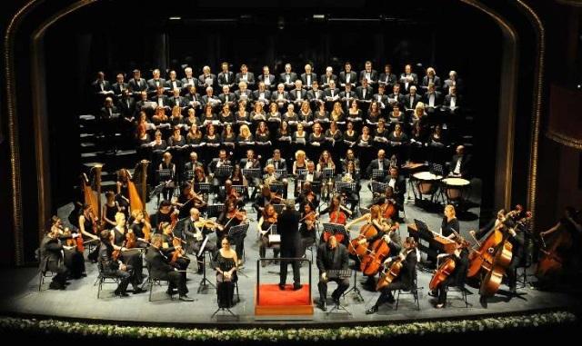 'Requiem' ve 'Stabat Mater' art arda