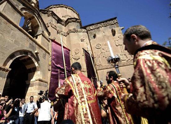 10 yılda 68 Kilise onarımına 18 milyon TL