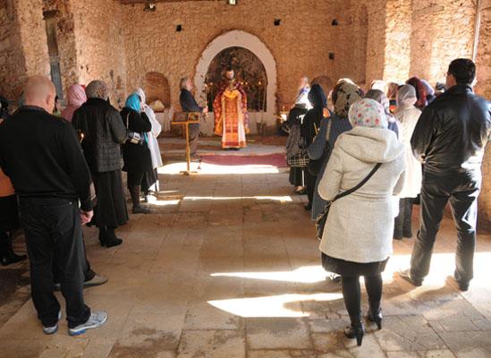 Alanyalı Ruslara kilise müjdesi