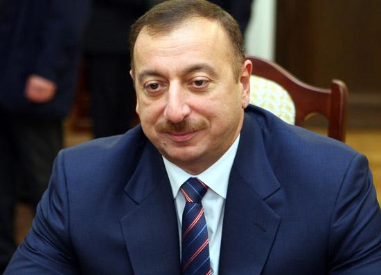 Aliyev Paris'te protesto edilecek