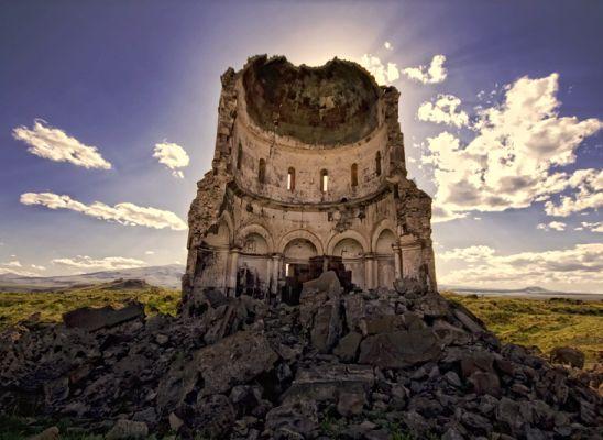 Anadolu Ajansı Ermenileri tarihten sildi