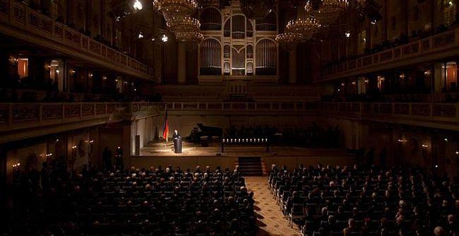 Almanya'da medeniyet dersi
