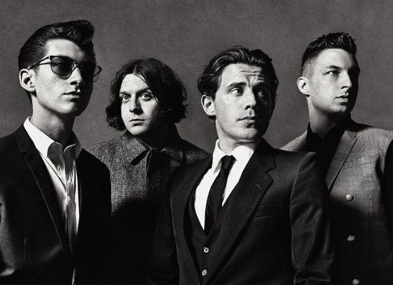 Arctic Monkeys 40 fırın ekmek yediğini 'AM' ile ispatlıyor