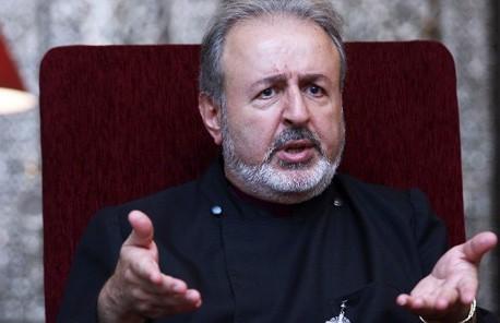 Başepiskopos Ateşyan'ın dolandırılması mahkemeye taşındı