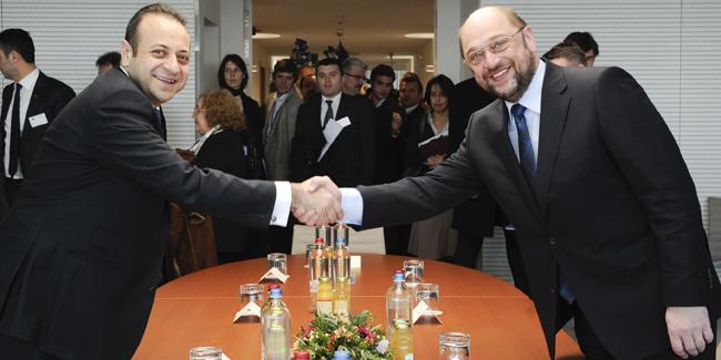 Bağış: Almanya çözüm için taraf olmalı