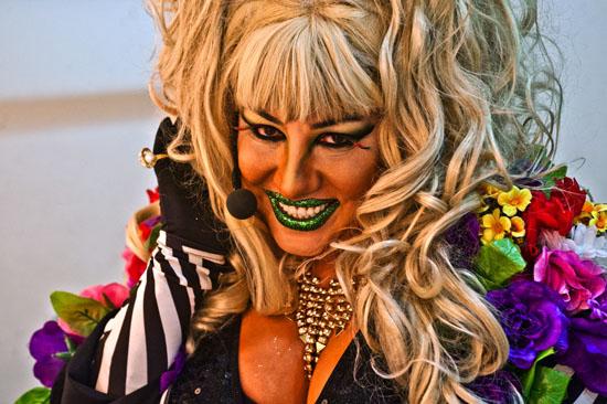 'Transfobik geylerle karşılaştıkça sen de ayrışıyorsun'