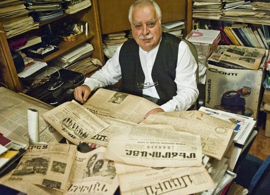 'Ermeniler belgelerini çıkarsın' diyenlere en güzel cevap