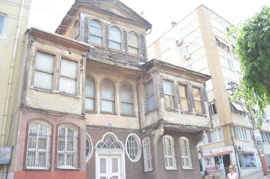 Setbaşı Mahallesi'nde Bursa Ermenilerinin silinen tarihi saklı