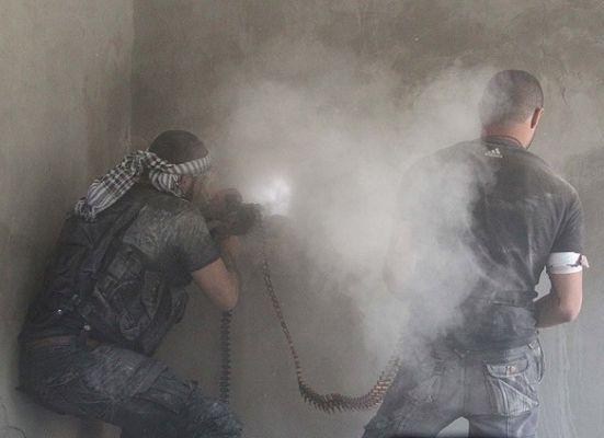 Suriye'de ÖSO ve şeriatçılar çatışıyor