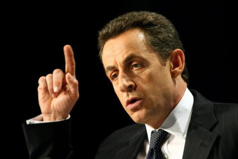 Sarkozy yeni yasa tasarısı için talimat verdi