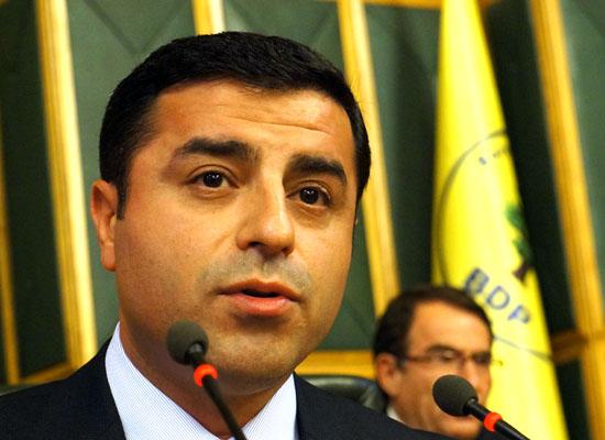 Demirtaş: Kendi Kürtleri ile barışan bir Türkiye, bölgesel aktöre dönüşebilir
