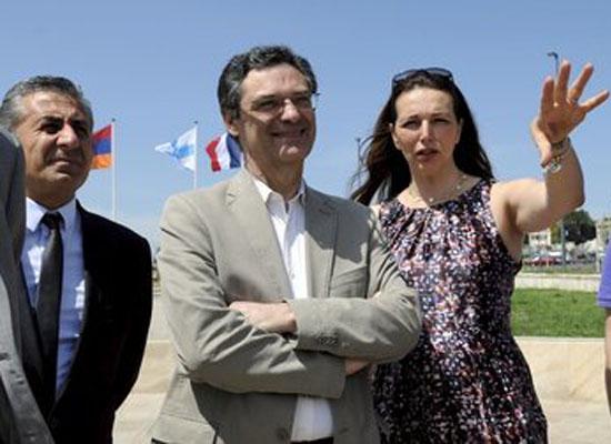 Boyer, Marsilya Ermenilerinin desteğini istedi