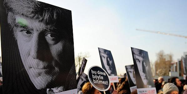 Mahkeme Dink davasında 'kusursuz Ergenekon'a gözlerini yumdu