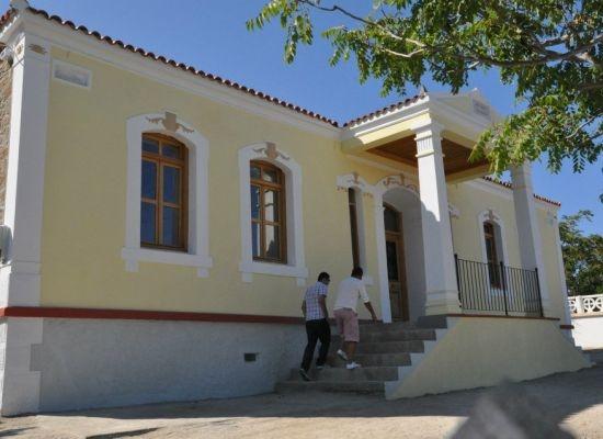 İmroz'da yeni okul 'eski kafa' mağduru
