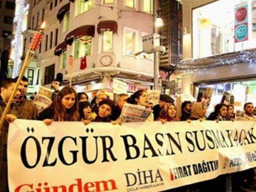 KCK tutuklusu 7 gazeteci tahliye edildi