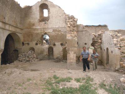 Kilise Kalıntısından 10 Ton Çöp Çıkarıldı