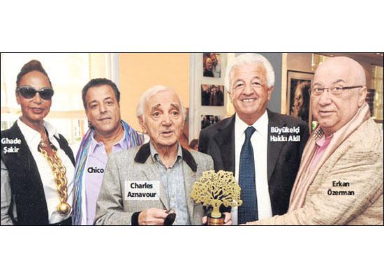 'Charles Aznavour'la söyleşi' muamması