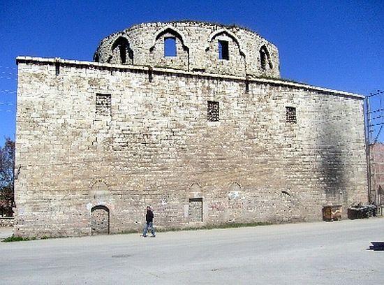 Malatya tarihiyle birlikte imajını da restore ediyor