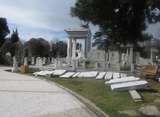 Gezi'nin Ermeni mezar taşları Şişli'de