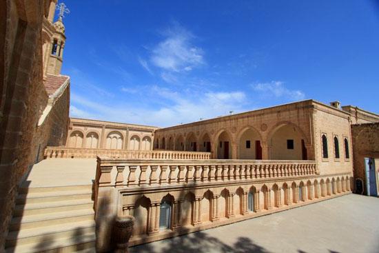 Dini Özgürlükler Raporu: Hükümet Sünni grupları kayırıyor