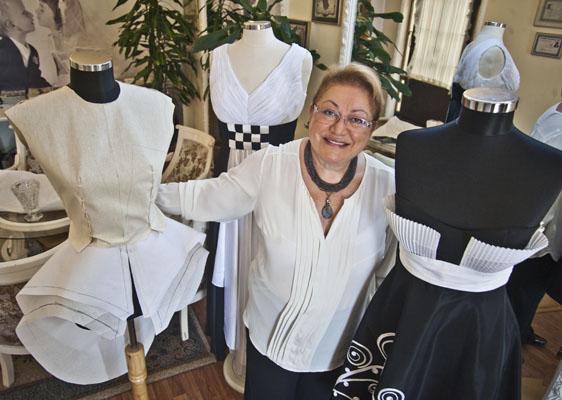 50 yıllık dikiş ustası Paris Hanım