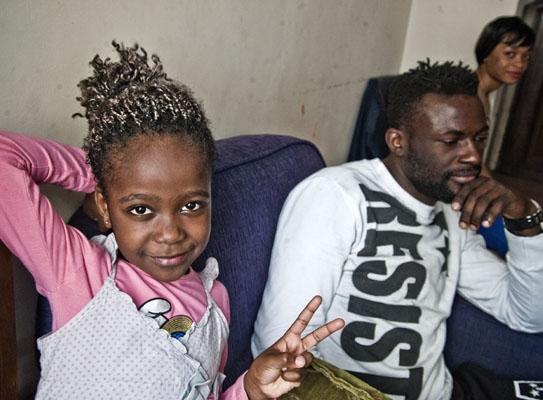Kongolu kız misafir öğrenci statüsünde okula başlayacak