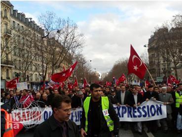 Fransa'daki fişleme iddialarına yalanlama