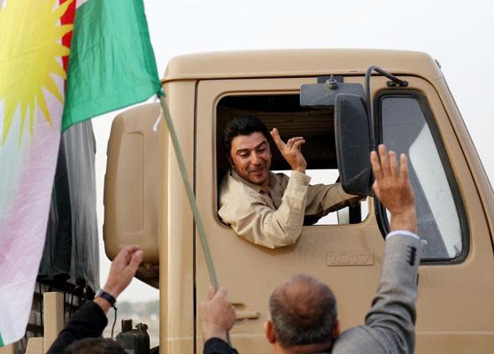 Peşmergeler Kobani'ye ilerliyor