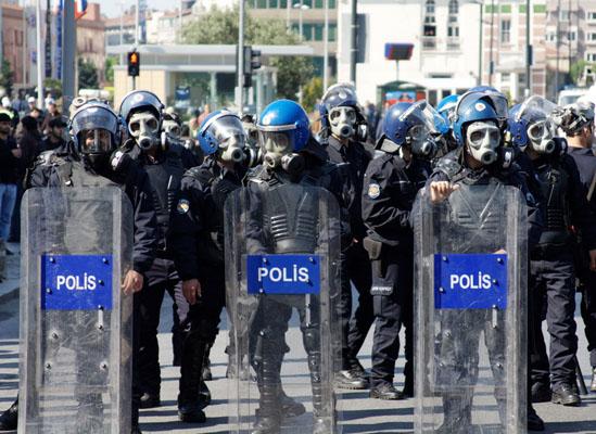 Polis yoğunluğunda 2. sırada olan Türkiye'ye 5 bin polis daha
