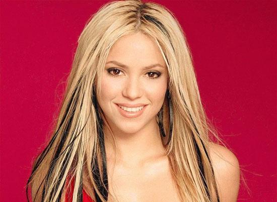 Shakira Kürtçe şarkı söyleyecek