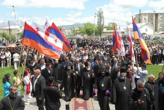 Tiflis'te Ermeni kilisesine saldırı