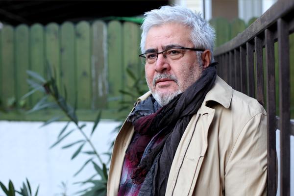 Buzdağı hikâyelerinin Anadolu'da beliren yönetmeni
